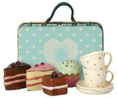 Tea and Cakes Suitcase