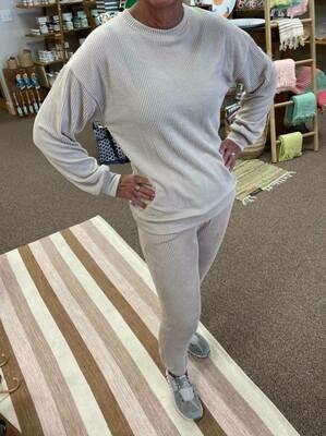 Oversized Ribbed Sweatshirt