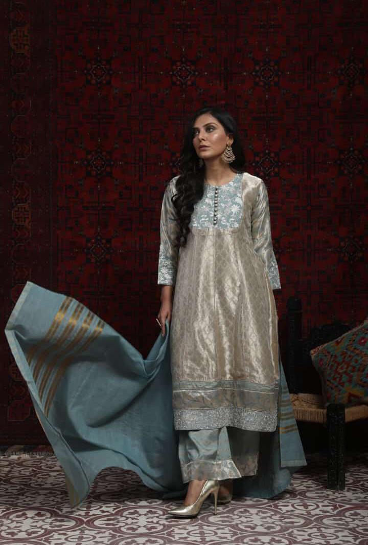 METALLIC BEIGE AND GREY BANARSI JAQUARD DRESS