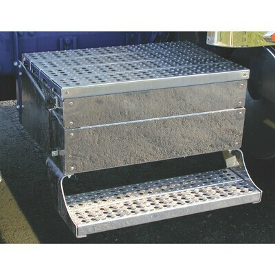 Freightliner - Classic - Battery Tool Box Panel - 43