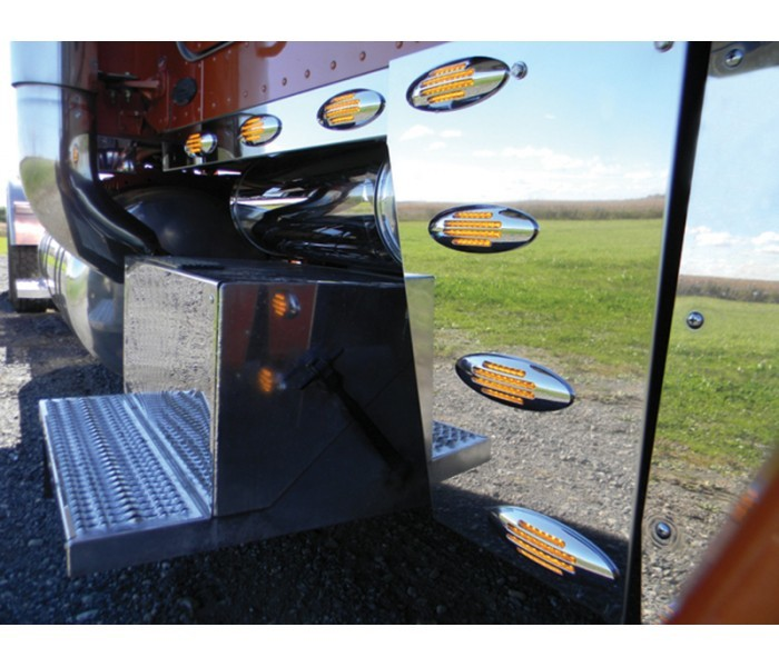 Deluxe Cowl Panels with 8 LED Lights for Peterbilt 389