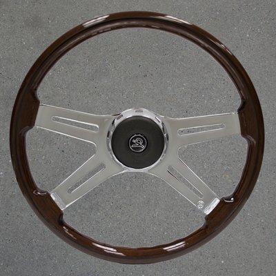 Freightliner 18 Inch Wood Steering Wheel