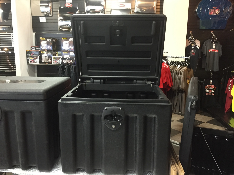 Minimizer Poly Chest Box 24