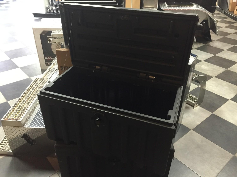 Minimizer Poly Chest Box 36