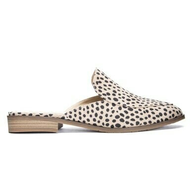 Chinese Laundry Cheetah Dot Slide