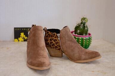 Very Volatile Lanai Zip Bootie Tan/Leopard