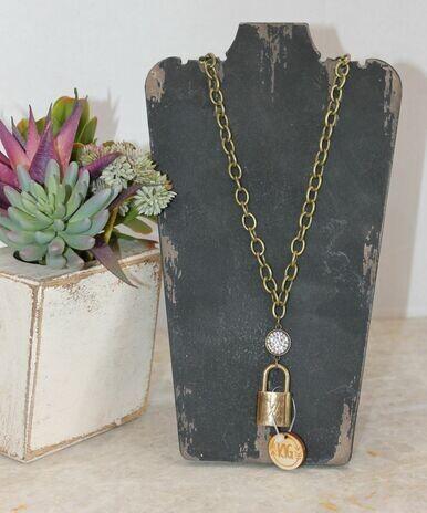 Keep It Gypsy Necklace Gold W/Locket