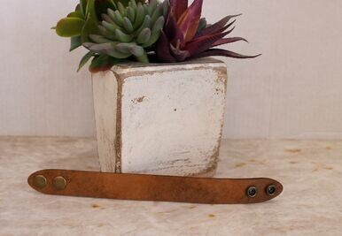 A Rare Bird LCSB42 Leather Convertible Slide Cuffs