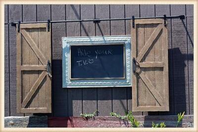 Peacock Park YH2100 Barn Doors Hideaway