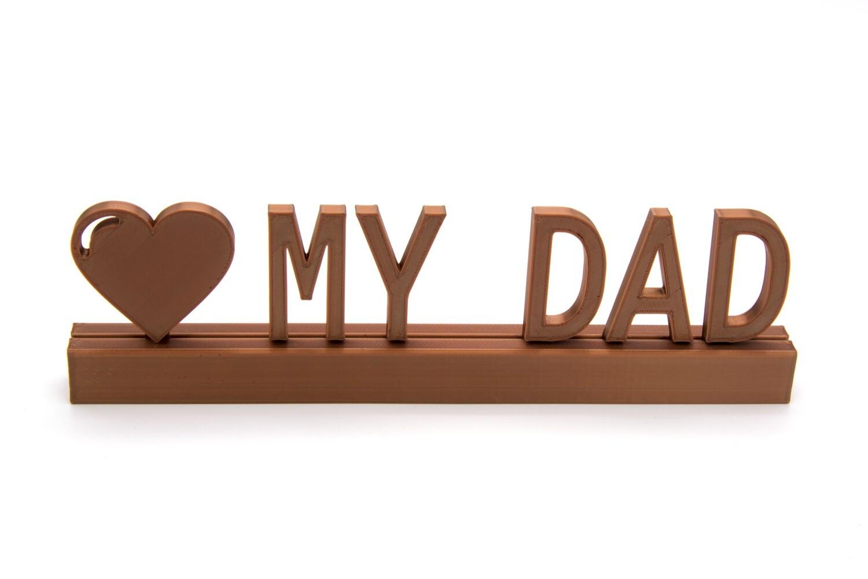 """""""Love dad"""""""