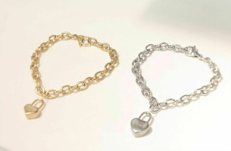 Personalized high-quality stainless-steel trendy bracelet with medal