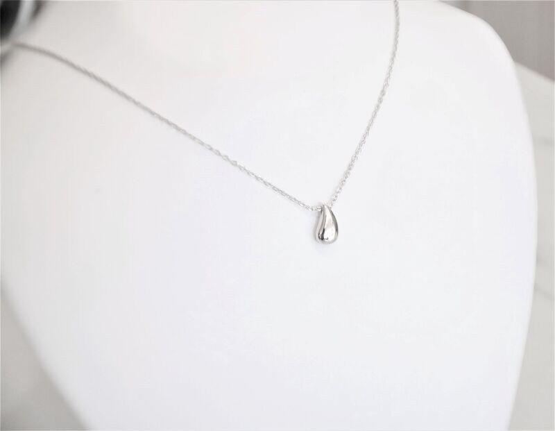 Beautiful trendy 925 sterling silver designer drop pendant necklace