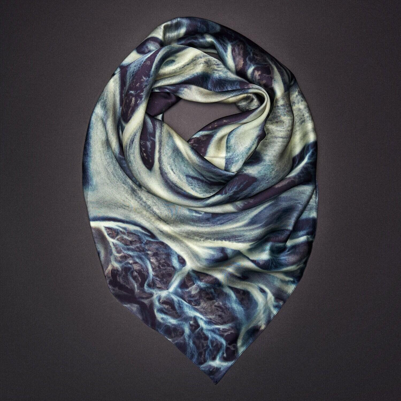 Шелковый платок «Сила разума. Осознание»