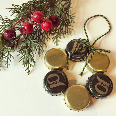 Bottle Cap Christmas Tree Decoration - J2O and Gold Wreath