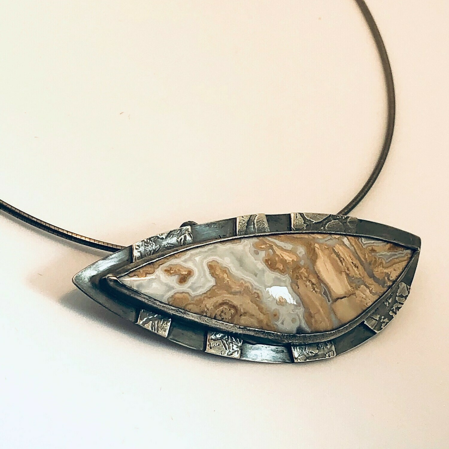 Wyoming Blizzard Stone Necklace