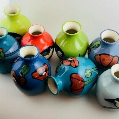 Lacey Itty Vase (Poppy/Chick)