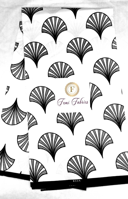 White Black Fan Fair /Ankara/African Print Fabric