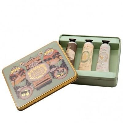 Koffertje met 3 handcrèmes 30ml Amandel Honing en witte druif