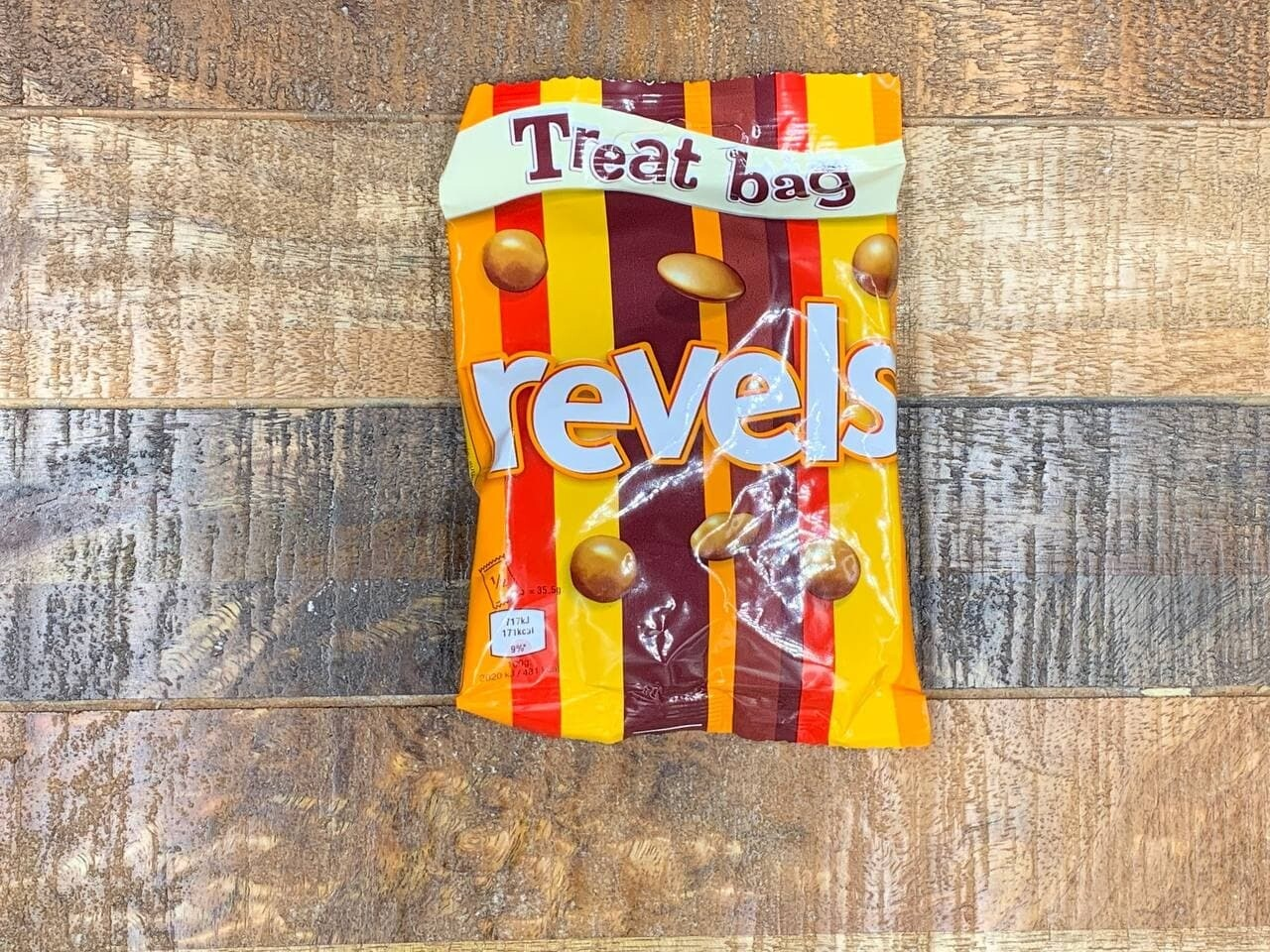Revels 71g Treat Bag