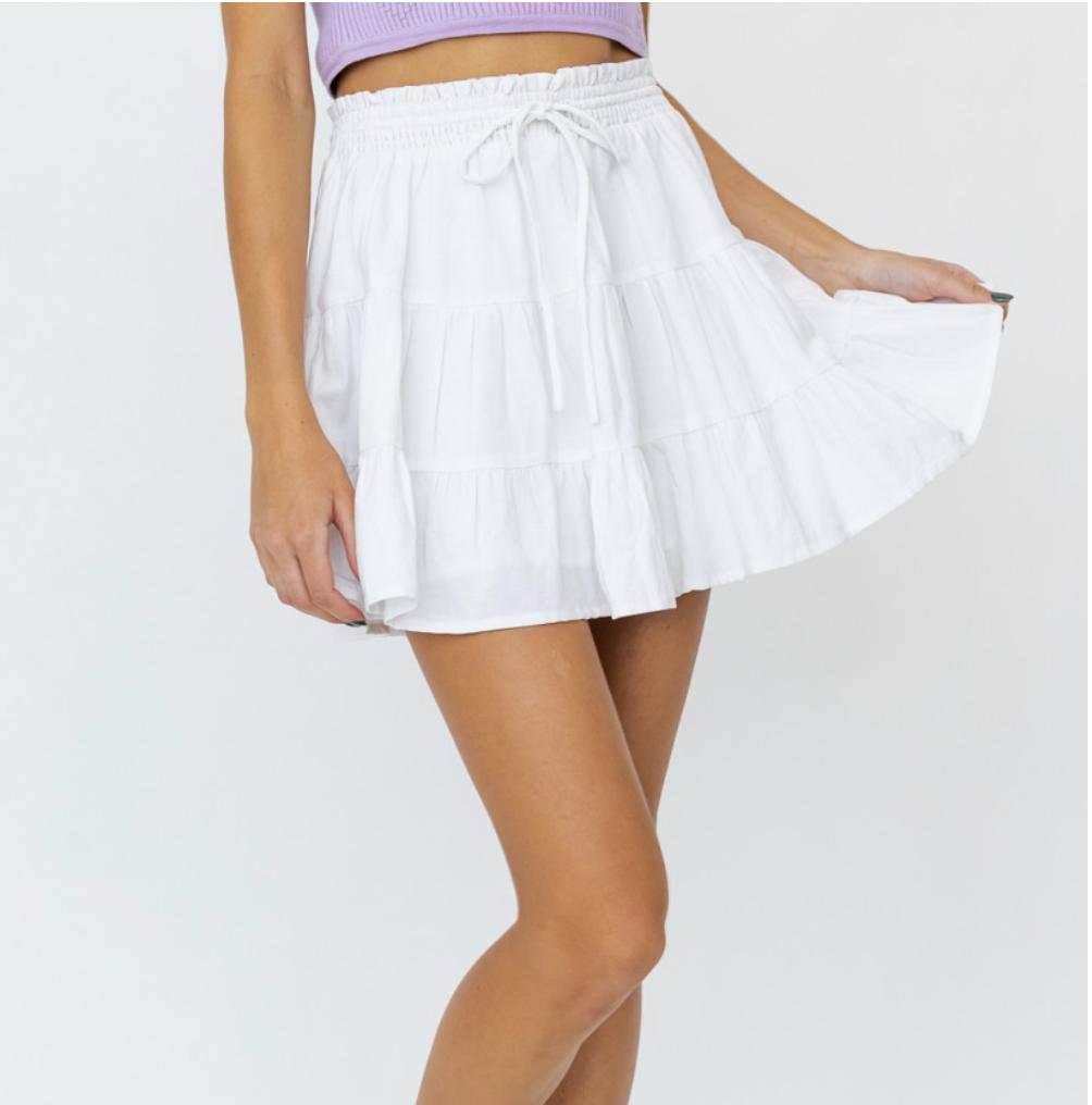 Lelis: Smocked White Skirt