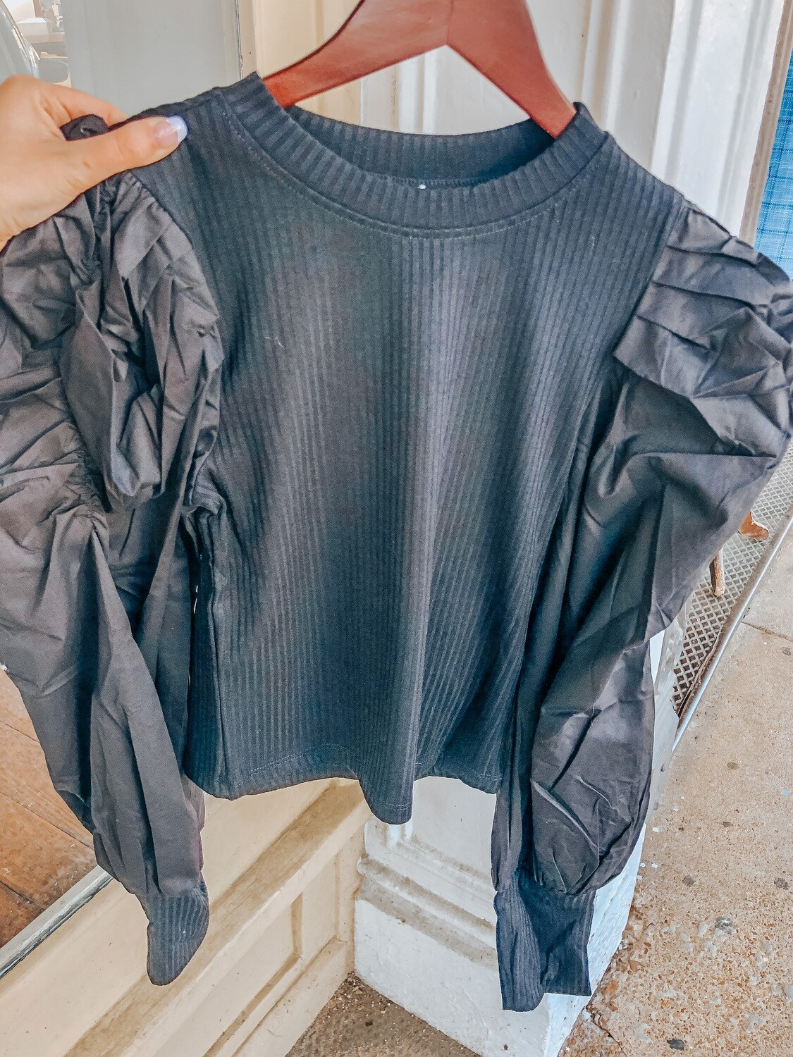 TCEC: Round Neck LS Puff Sleeve
