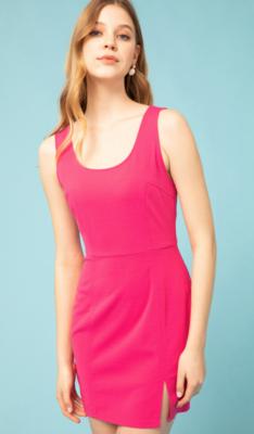 Entro: Scoop Neck Sleeveless Dress