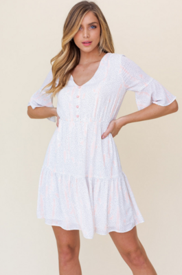 Gilli: SS V-Neck Ruffle Dress