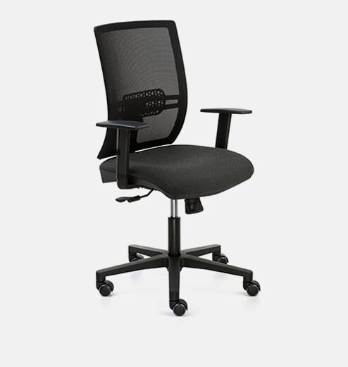 Silla SignoPro. Respaldo malla negra y asiento tapizado negro.