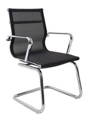 Sillón JR Malla Patín color negro. Respaldo y asiento en malla.