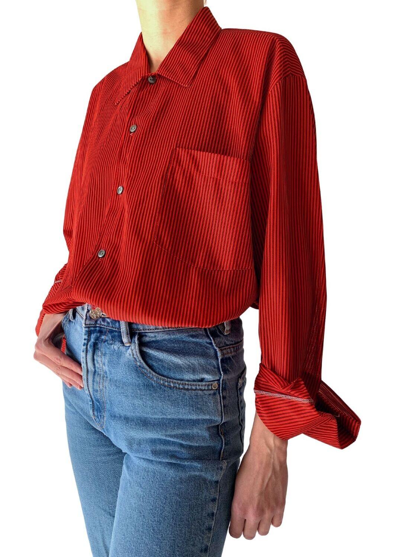Crvena košulja na prugice