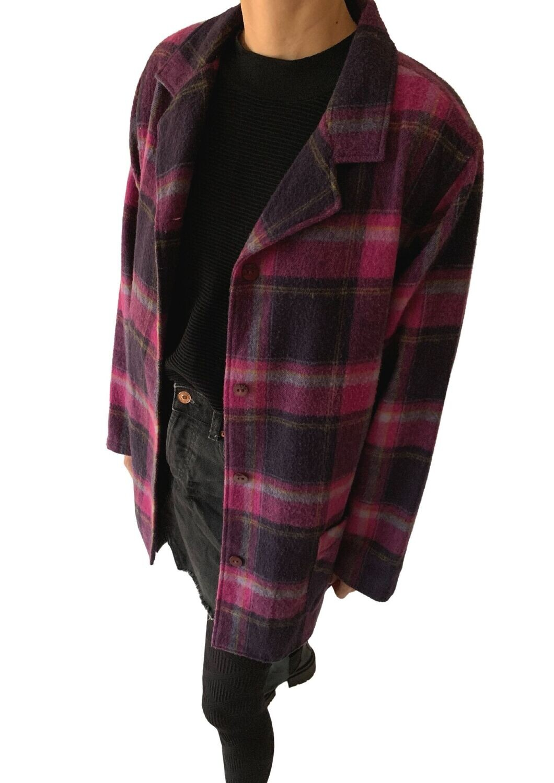 Ljubičasta karirana jaknica
