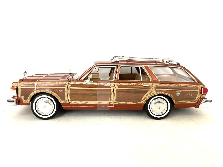 1979 Chrysler Lebaron Town & Country