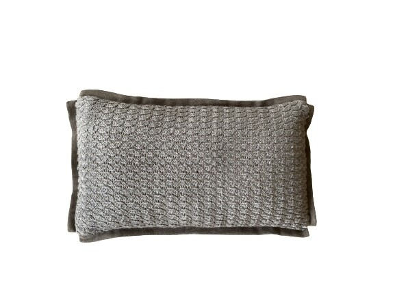 Almofada rim de tricot com aba