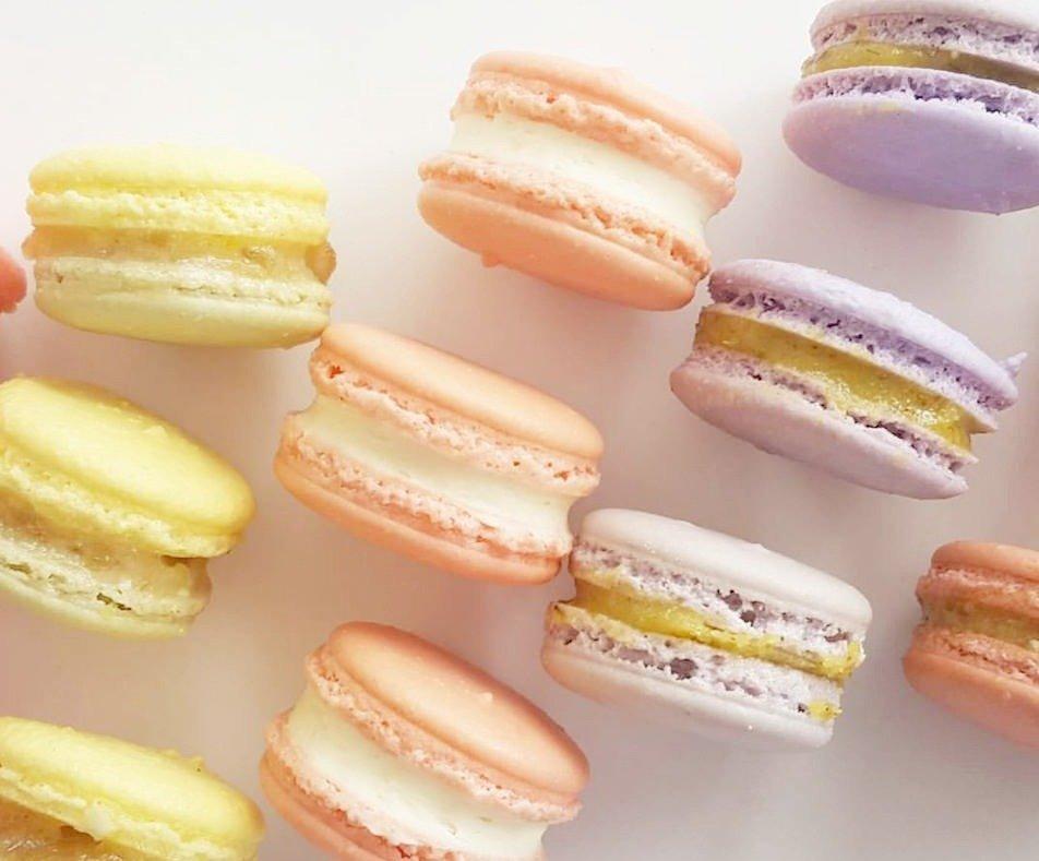 Custom Color Macaron