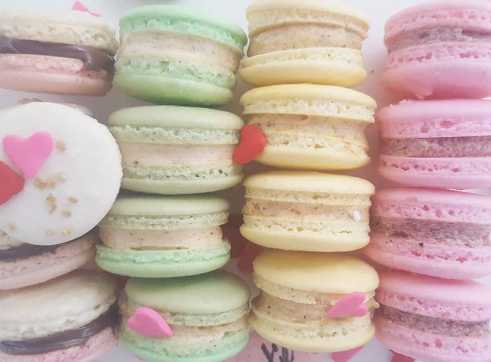 3 Macarons In A Clear Box
