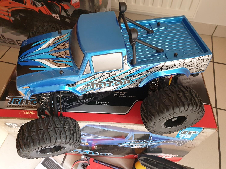 Team Corally Triton SP 2S Monster Truck 1:10 RTR met accu - gebruikt
