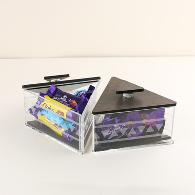 Small Triangle boxes - Height 9.5cm