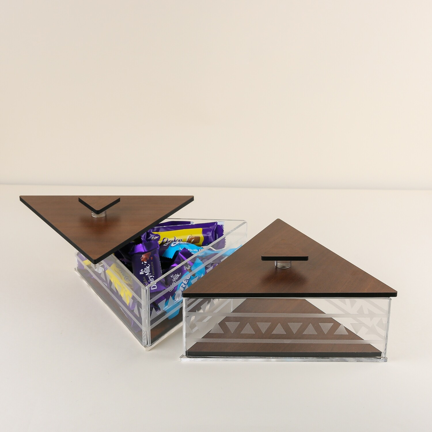 Large Triangle boxes - Height 9.5cm L