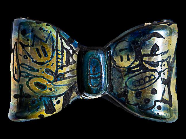 Saki Bomb x Trevy Metal Bow Pendant