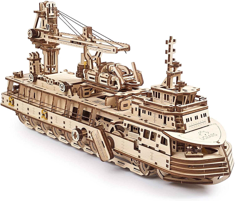 Research Vessel Wood 3D 575 Pc