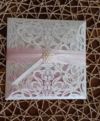 Square peal shimmer laser cut with pearl cluster