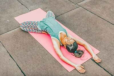 Yoga 1h en cours privé. Bien-être physique, émotionnel et mental !