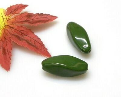 Oliva sfaccettata Verde 35x13 mm