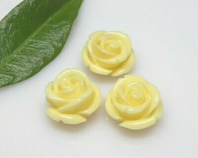 Rose di resina Avorio 16,5x11,5 mm