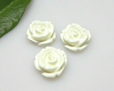 Rosa piattoa bianco 10x4,5 mm