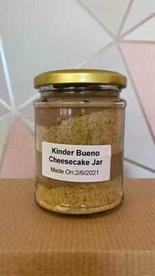 Kinder Bueno Cheesecake Jar