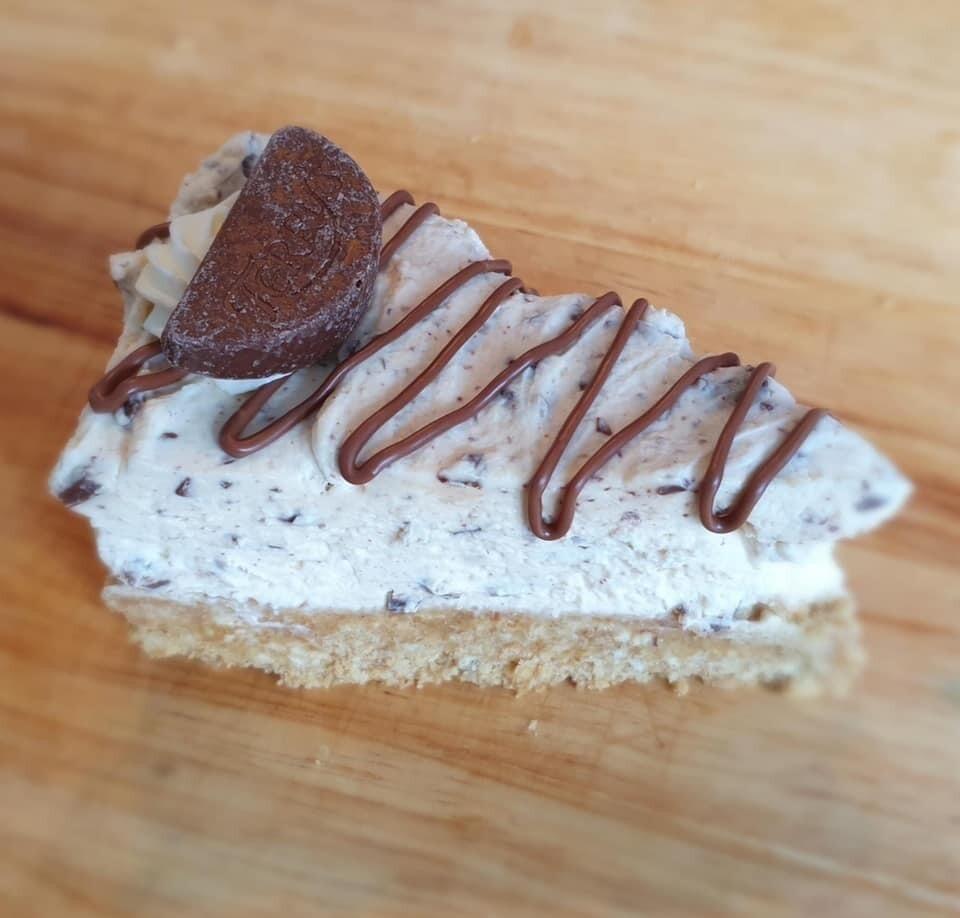 Chocolate Orange Cheesecake Slice