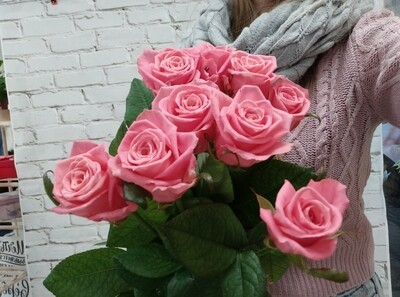 9 Роз Карина 80см под Ленту
