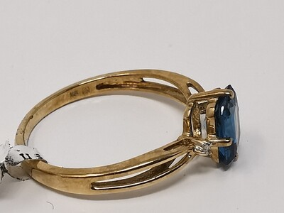 9ct Gold Ring Blue Stone