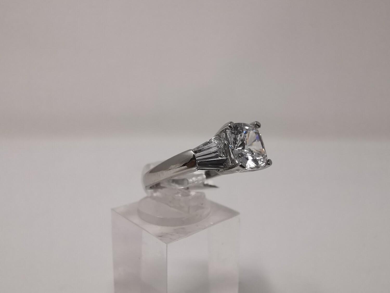 9ct Gold Ring White CZ